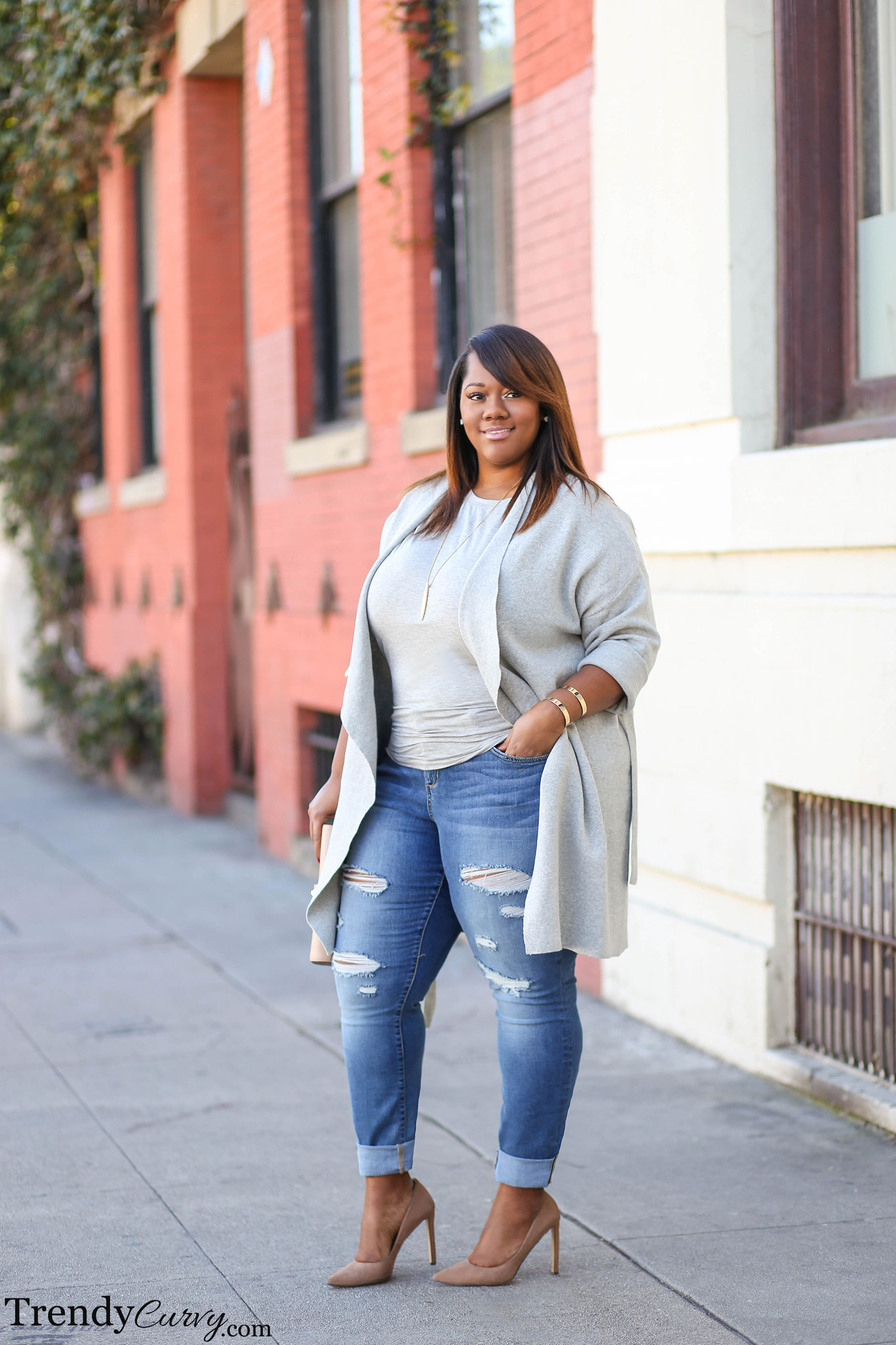 Plus Size Fashion BlogTrendy