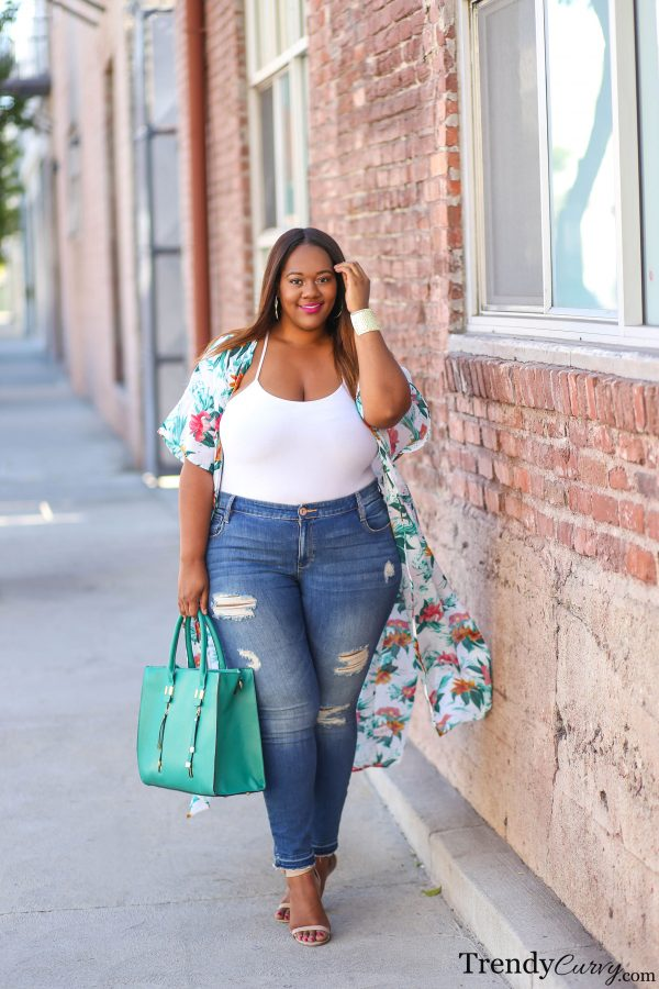 Plus Size Curvy Model Fashion Trendy Curve Style Outfits Joysporn 1