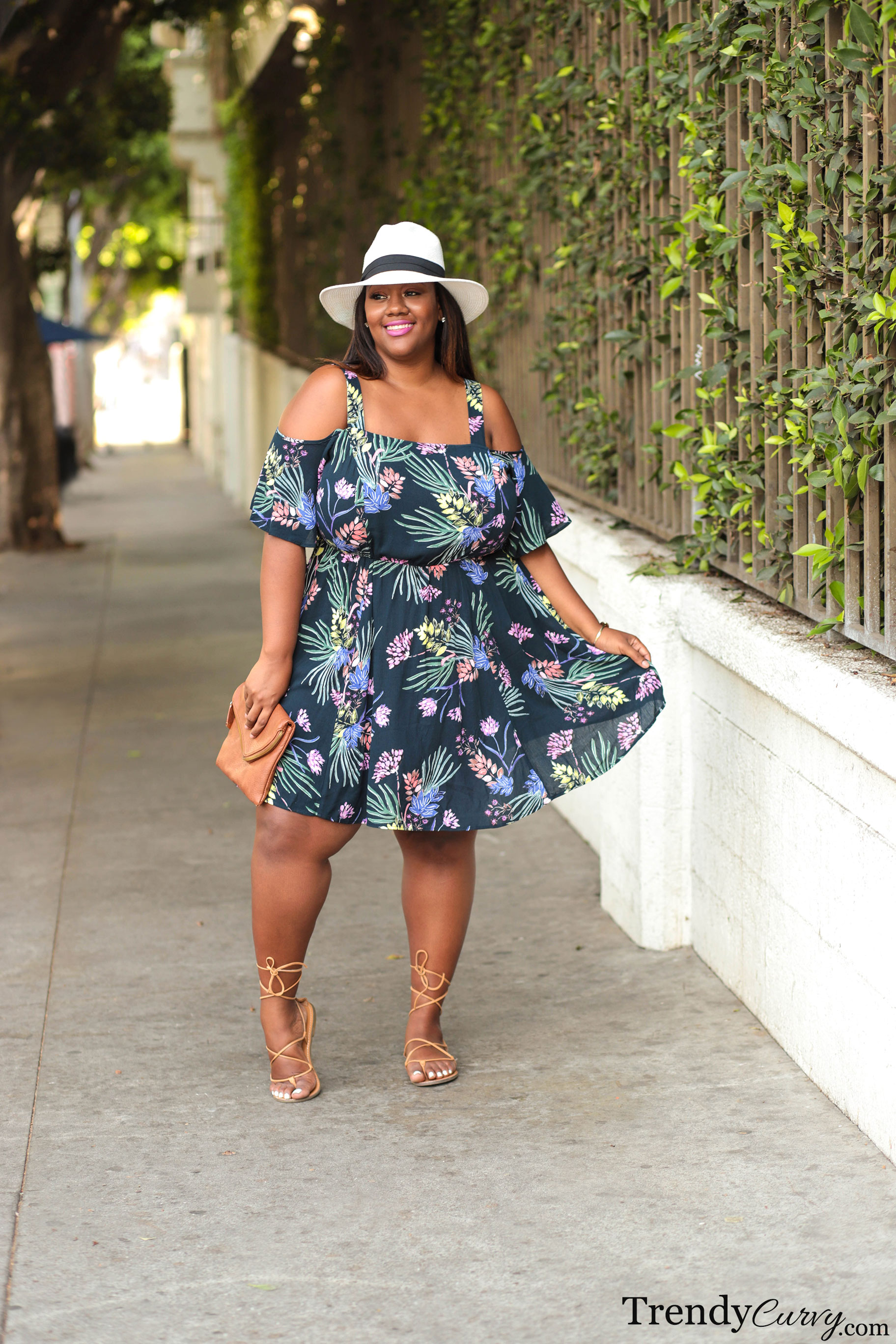 9aacc2caba Summer In The City - Trendy CurvyTrendy Curvy