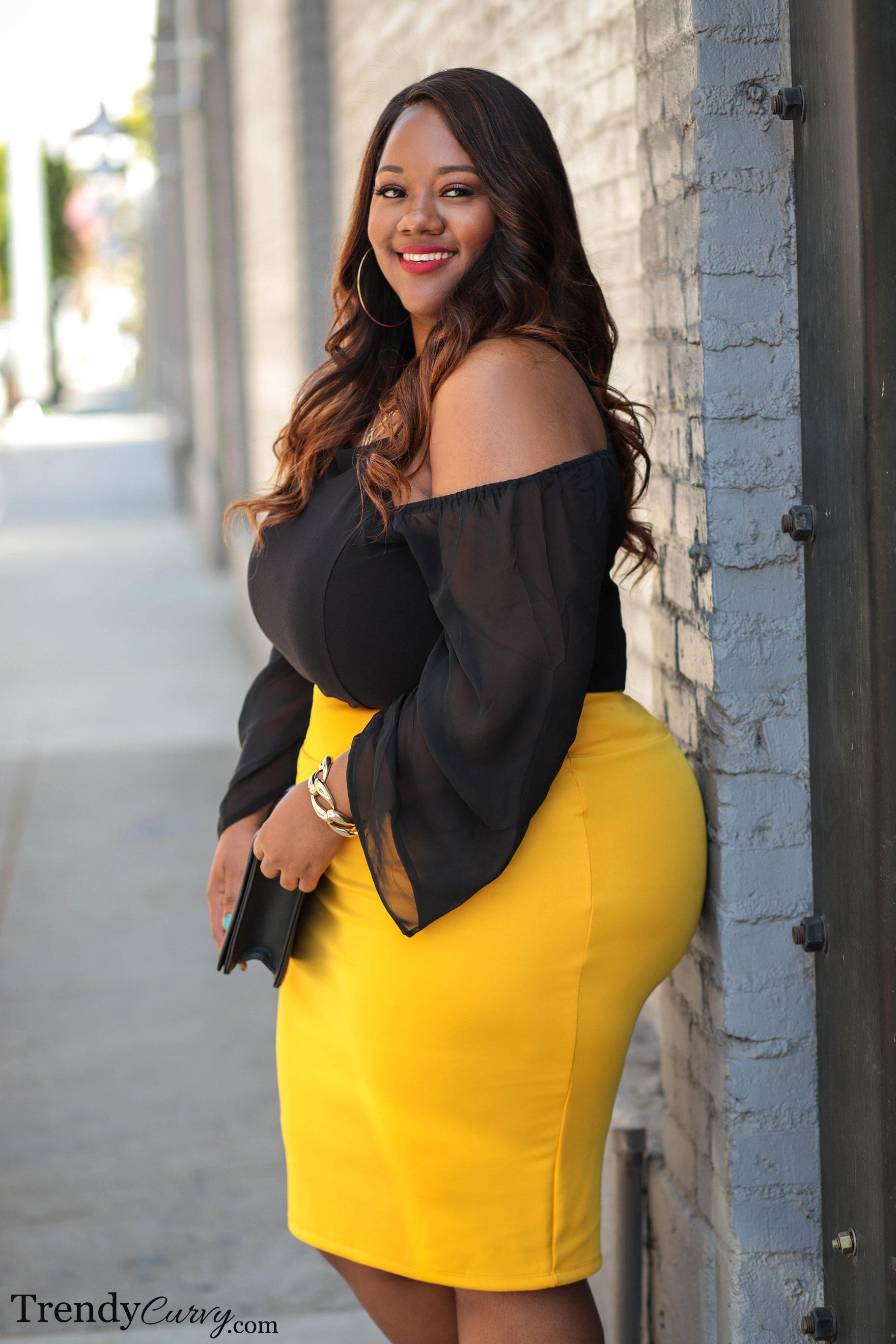 Hello Yellow - Trendy Curvy